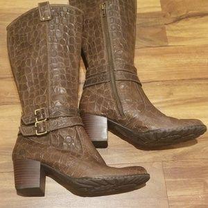 BORN faux-croc leather boots